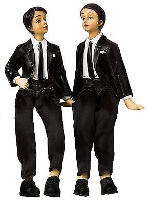 BRUBAKER-Elegant-Wedding-Cake-Topper-Sitting-Groom-and-Groom-0