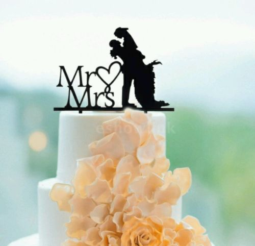 Classy And Elegant Wedding Cake Topper