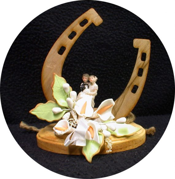 Country-Western-Luck-of-the-Horse-shoe-Wedding-Cake-topper-funny-Barn-Cowboy-0