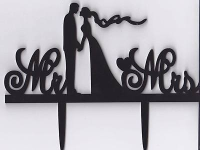 Romantic-Mr-Mrs-Wedding-Couple-Cake-Topper-Acrylic-0