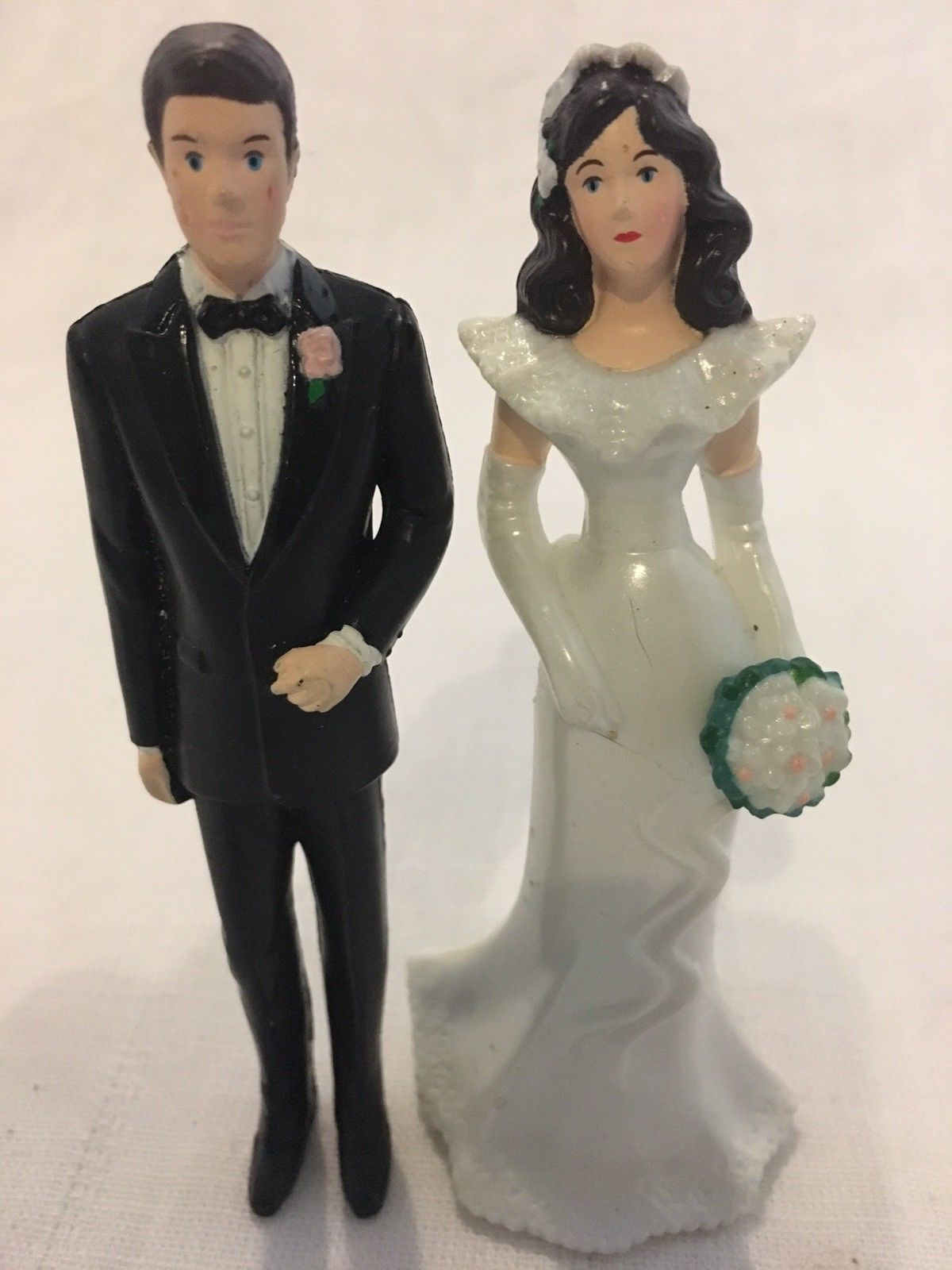 Romance vintage bride and groom cake toppers