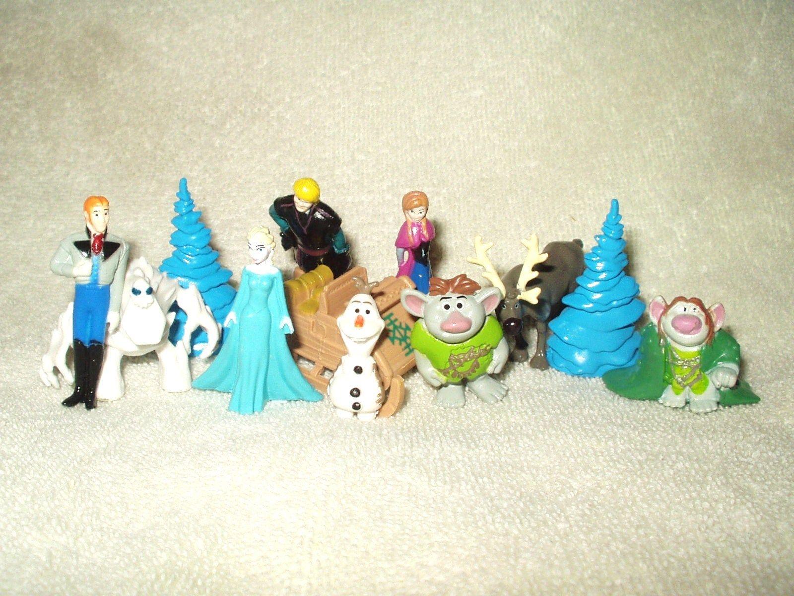 Olaf Snowman Disney Store Frozen II 2 PVC Figure Village Figurine Cake Topper